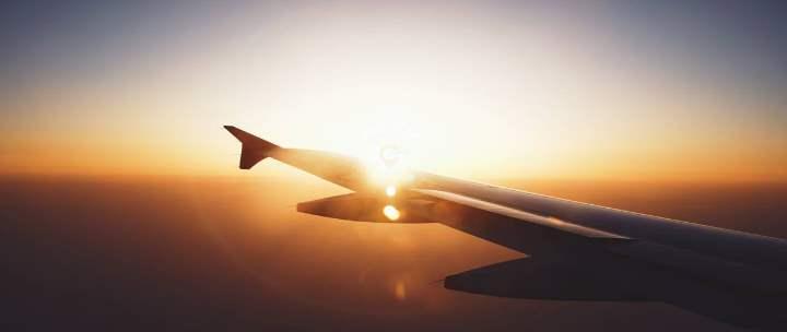 Самолет из Москвы
